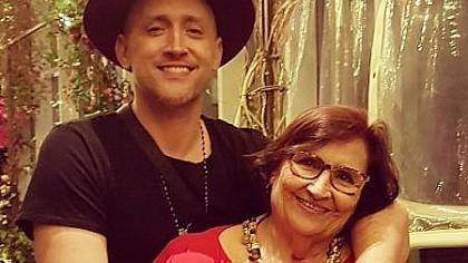 Mãe de Paulo Gustavo afirma que genro faz tudo por ela
